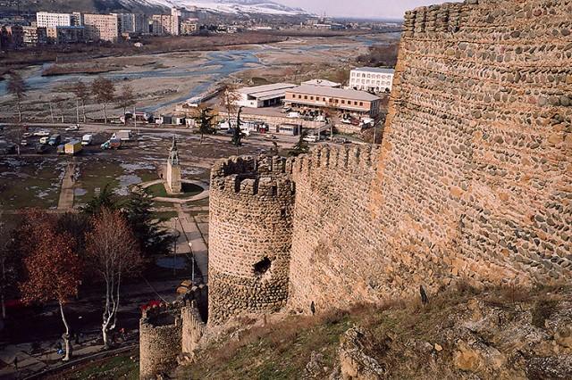 author: leicacit.livejournal.com, http://ic.pics.livejournal.com/leicacit/20087361/75831/75831_original.jpg
